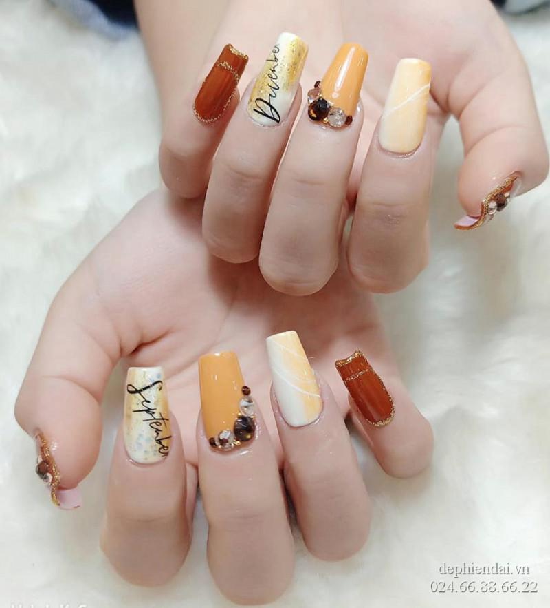 Bài thực hành nail học viên lên mẫu tuần 2 tháng 7 năm 2021