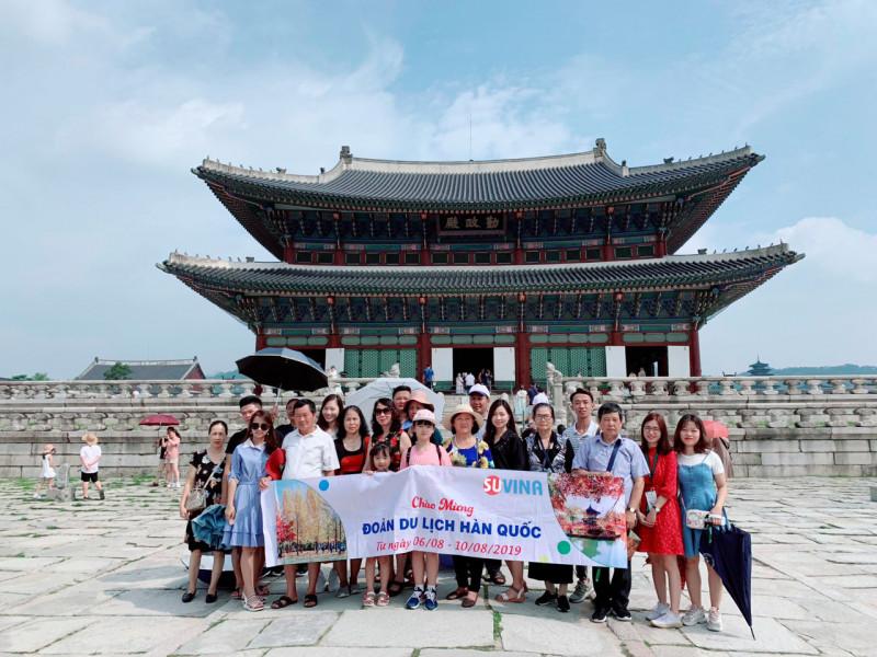 Chuyến du lịch Hàn Quốc cho nhân sự xuất sắc