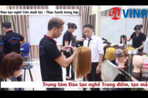 Khóa học uốn duỗi tóc - Trung tâm dạy nghề uy tín Hà Nội