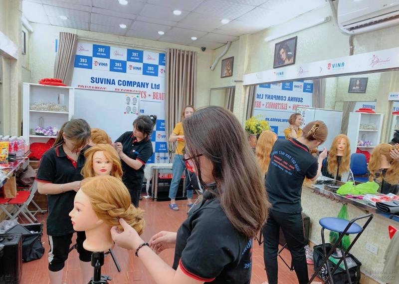 Lớp học thực hành bới tóc tuần 2 tháng 4 năm 2021