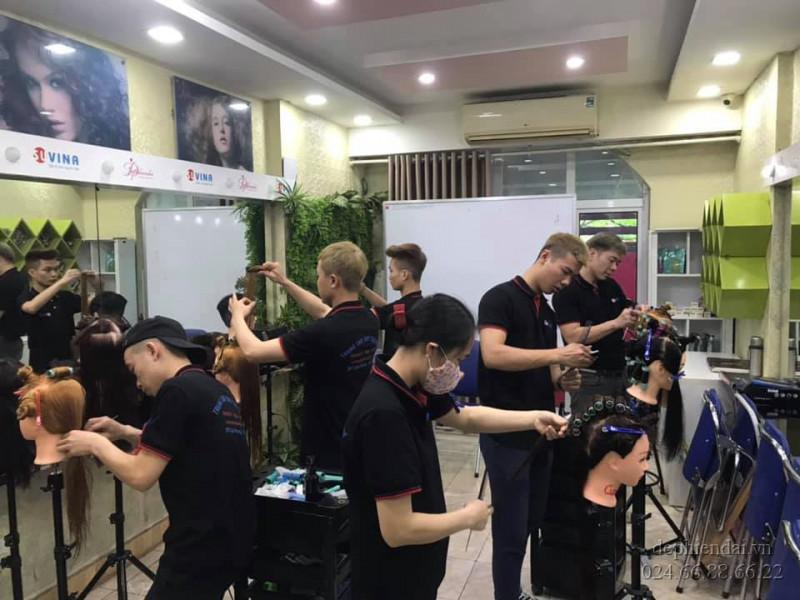 Lớp học thực hành tóc tuần 1 tháng 4 năm 2021