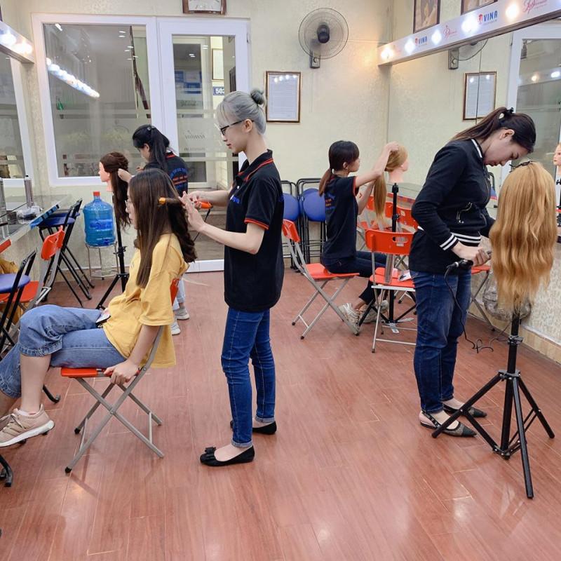 lớp thực hành bới tóc tuần 5 tháng 5 năm 2020