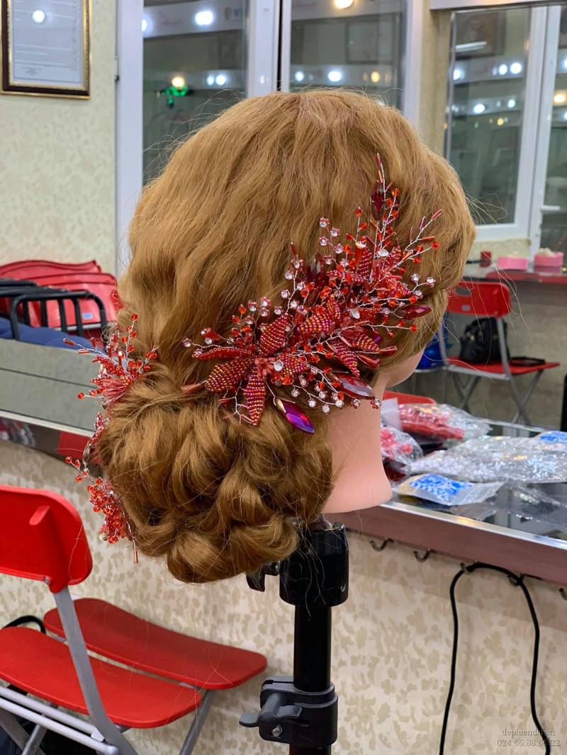 Tác phẩm bới tóc học viên lên mẫu tuần 1 tháng 4 năm 2021