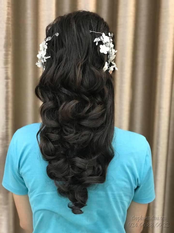 Tác phẩm bới tóc học viên lên mẫu tuần 4 tháng 6 năm 2021