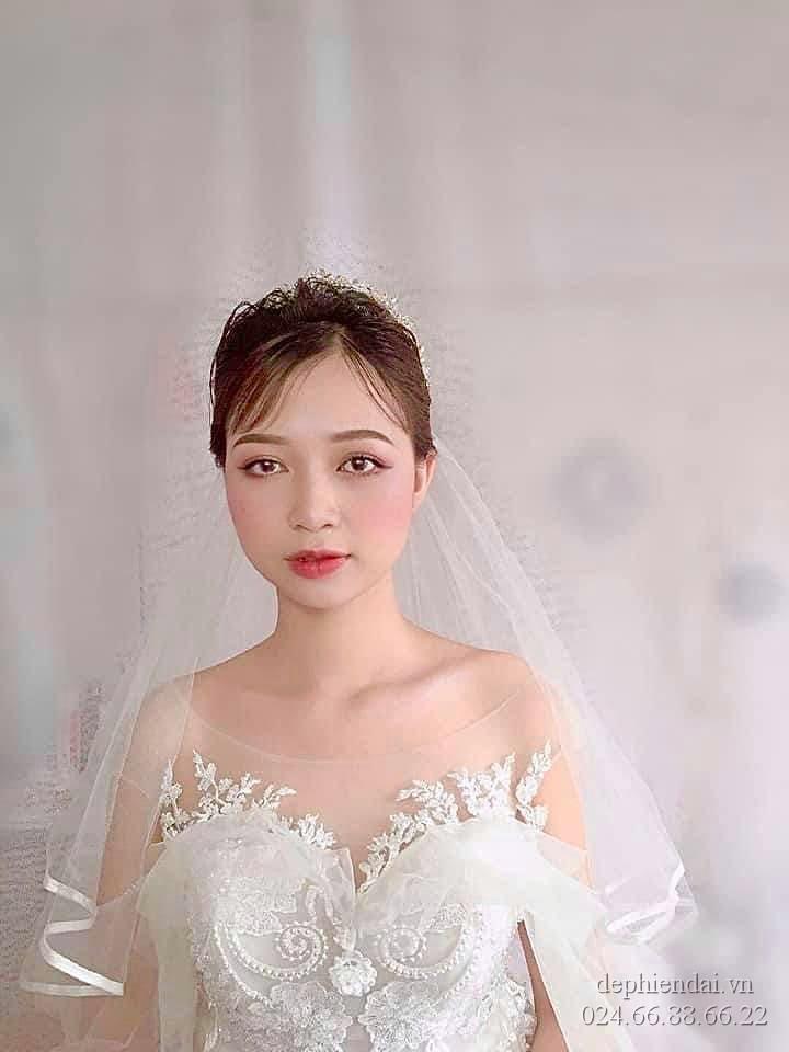 Tác phẩm make up cô dâu của học viên lên mẫu