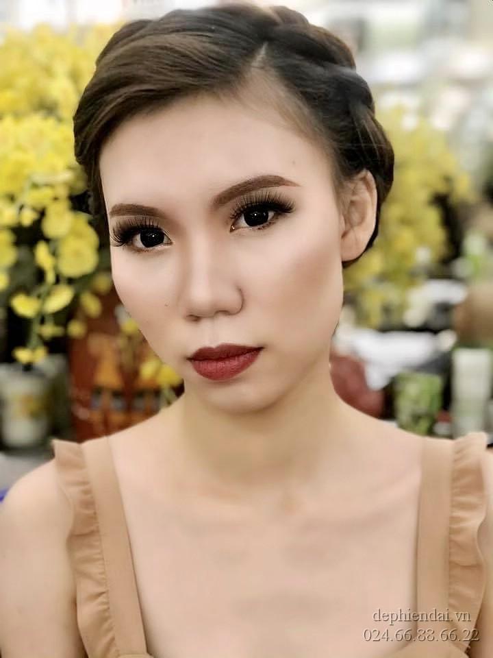 Tác phẩm make up và bới tóc học viên lên mẫu tuần 4 tháng 5 năm 2021