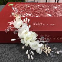 Hoa Cài Tóc Handmade M19
